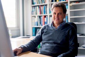 Einverständniserklärung Nr. 516a Prof. Dr. Klaus Gerwert Bei einer Veröffentlichung der Bilder ist als Nachweis ©RUB, Kramer anzugeben