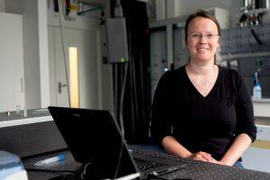 Stephanie Bleicken interessiert sich für das komplexe Zusammenspiel von Proteinen. © RUB, Kramer