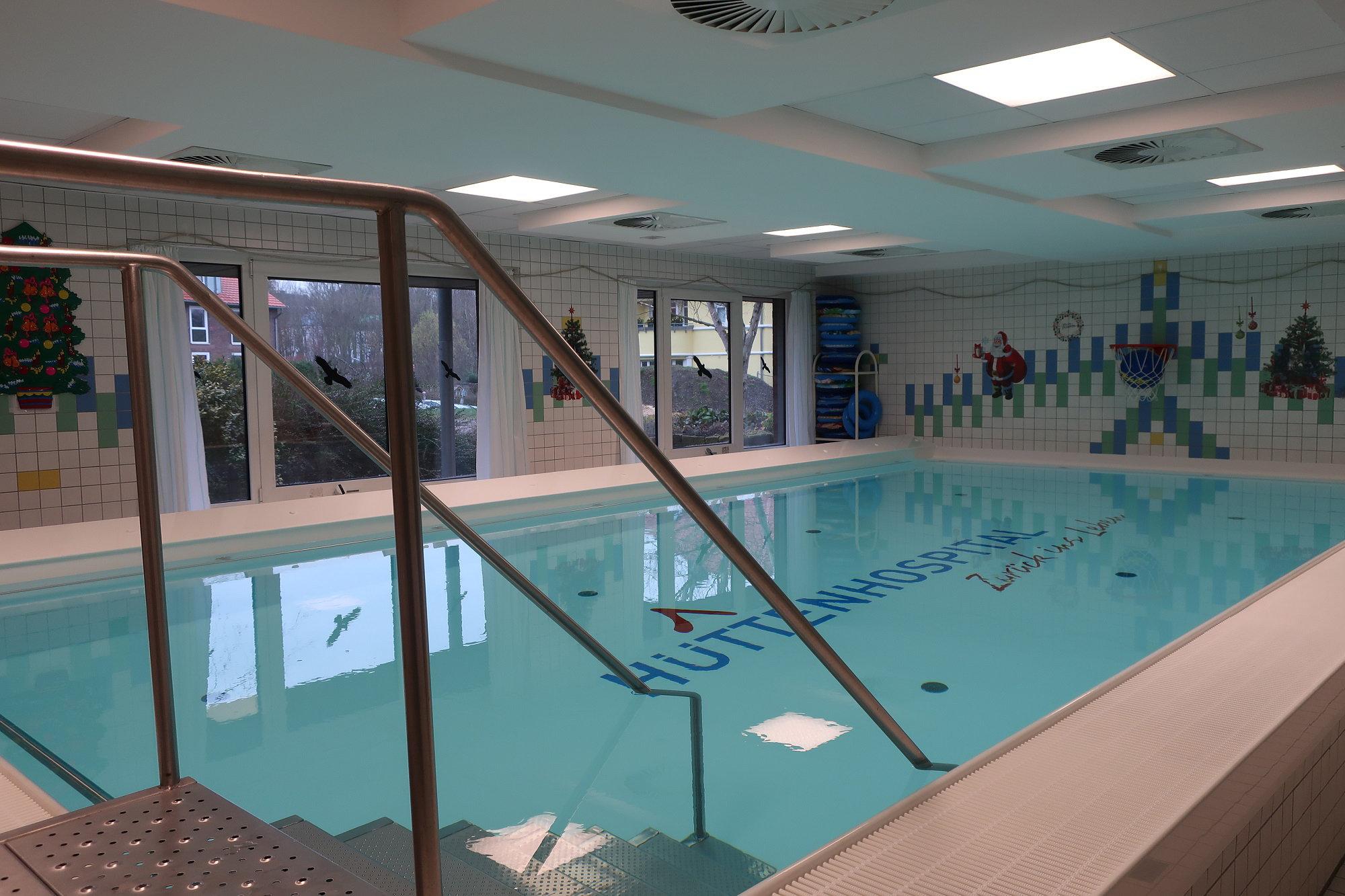 Schwimmbad wieder ge ffnet medecon ruhr for Schwimmbad mulheim an der ruhr