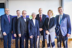v.l. Prof. Dr. Caca, Dr. Albers, Prof. Dr. Frieling, PD Dr. Schumacher, Prof. Dr. Markus, Prof. Dr. Reinacher-Schick und Prof. Dr. Hölscher.