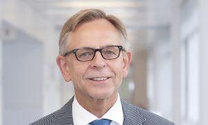 2015; Porträt; Prof.  Dr. med. Stefan Gesenhues; Institut für Allgemeinmedizin; Querformat;