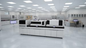 Siemens Healthineers hat die wegweisende Innovation Atellica Solution(1) vorgestellt. Atellica Solution(1) ist ein hochflexibles System für klinische Chemie und Immundiagnostik, das einen patentierten bi-direktionalen magnetischen Probentransport ermöglicht. (1) Die Produkte befinden sich in der Entwicklungsphase und sind deshalb noch nicht käuflich zu erwerben. Die hier genannten Funktionen sind lediglich Entwicklungsziele, deren künftige Verfügbarkeit nicht garantiert werden kann. Siemens Healthineers unveiled the Atellica™ Solution,(1) a highly flexible immunoassay and clinical chemistry solution featuring patented bi-directional magnetic sample-transport technology that is 10 times faster than conventional conveyors.(1) (1) Products are under development. Not available for sale. Any features listed are part of the development design goals. Future availability cannot be guaranteed.
