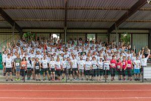 """Unter dem Motto """"Gemeinsam sind wir schneller"""" beteiligten sich 200 Mitarbeiter der St. Elisabeth Gruppe – Katholische Kliniken Rhein-Ruhr am St. Elisabeth Firmenlauf im Sportpark Wanne-Eickel."""