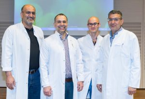 Chefarzt Dr. Nurettin Albayrak (2.v.l.) und sein Expertenteam der Klinik für Allgemein- und Viszeralchirurgie des St. Anna Hospital Herne referierten über die Behandlung von Leistenbrüchen.